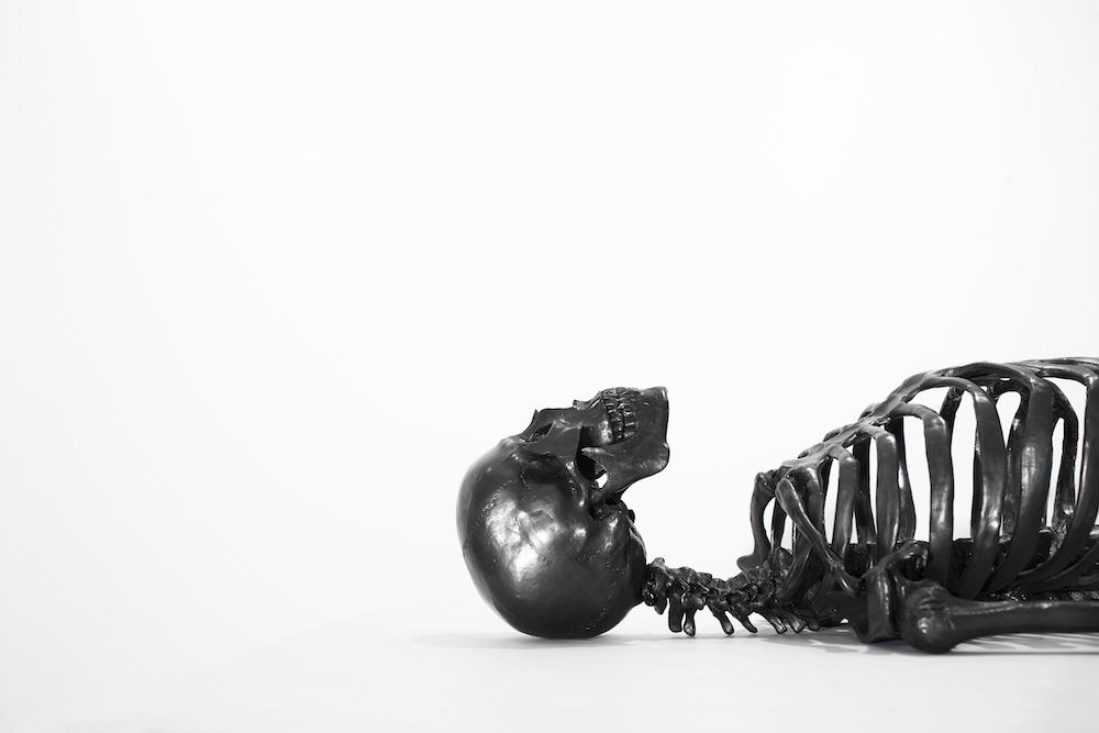 squelette-graphite-agelio-batle-02