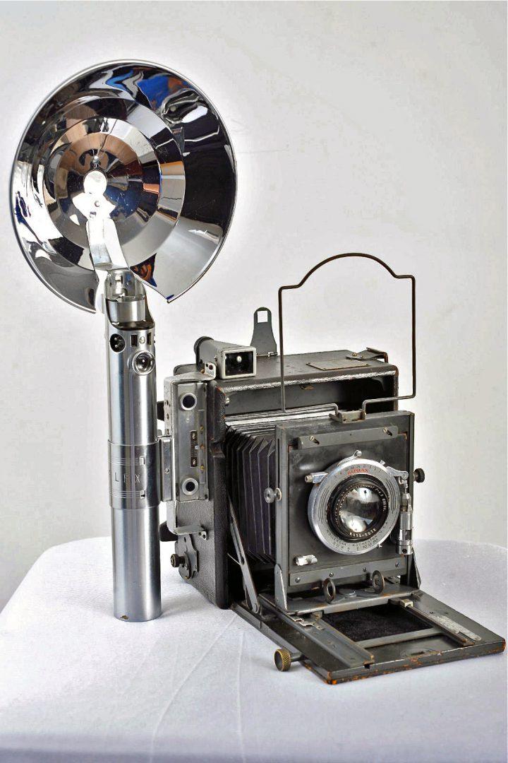 Le sabre laser original de Star Wars est un appareil photo ! (vidéo) By La boite verte Sabre-laser-graphlex-03-720x1080