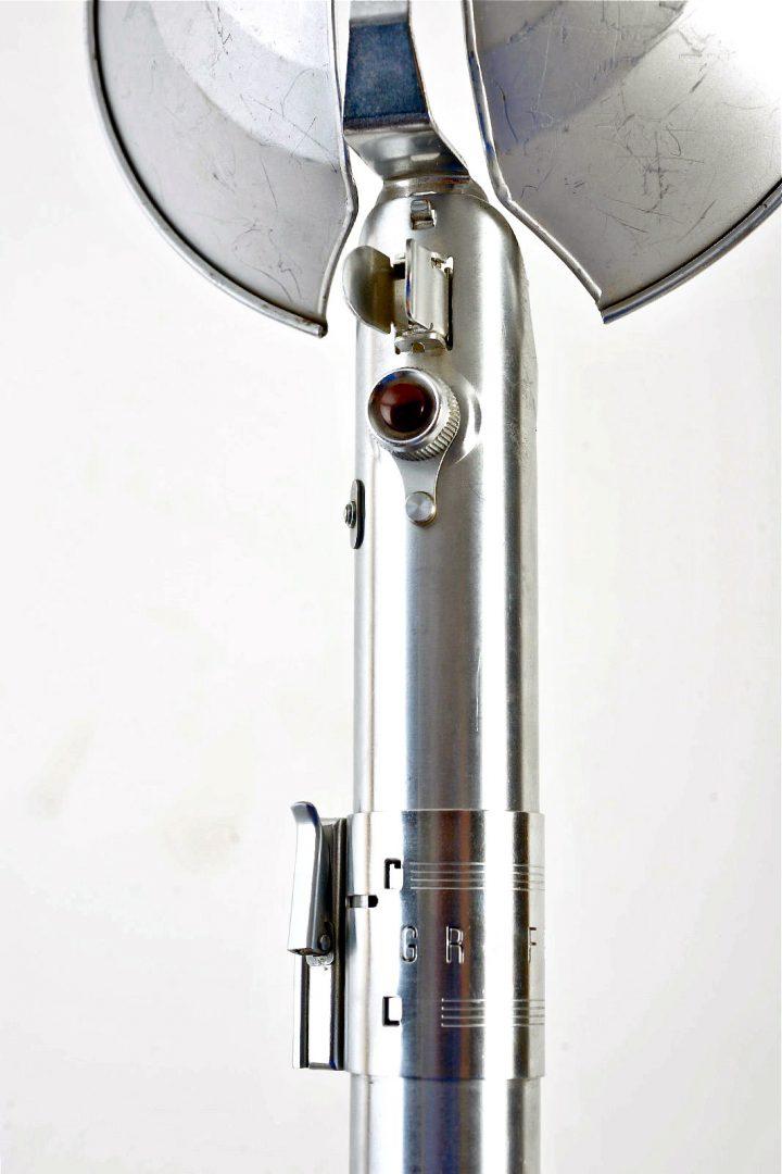 Le sabre laser original de Star Wars est un appareil photo ! (vidéo) By La boite verte Sabre-laser-graphlex-05-720x1080