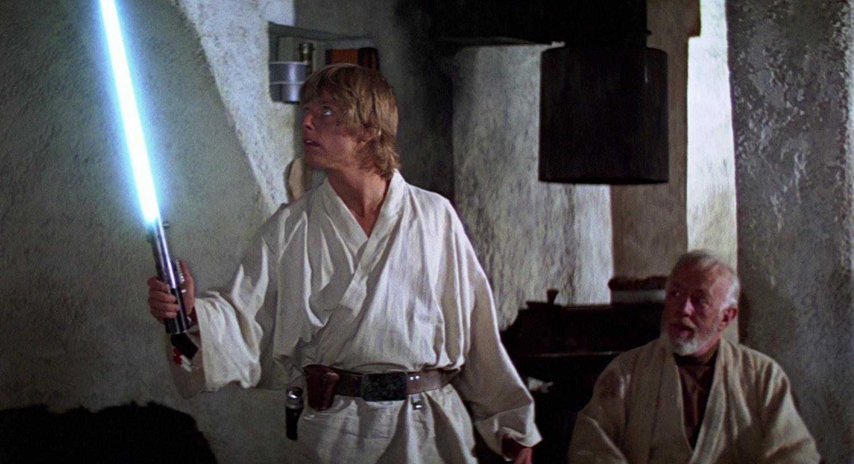 Le sabre laser original de Star Wars est un appareil photo ! (vidéo) By La boite verte Sabre-laser-graphlex-07