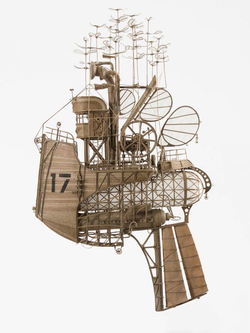des vaisseaux aériens steampunk très détaillés en carton